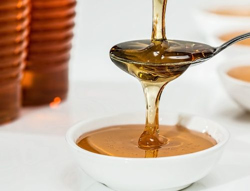 why you must not put honey inside hot water